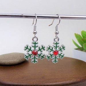 🎄Christmas Snowflake Earrings